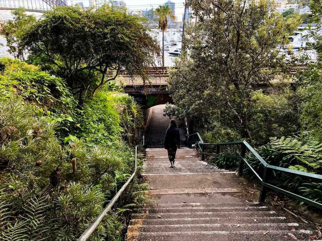 schody nad rzeką Port Jackson w Sydney